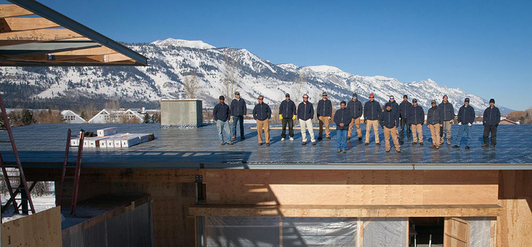 Dembergh Construction Team Up On The Roof